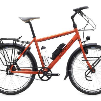 De travelmaster 2.6 is een oer sterke reisfiets van Santos. Al lang op de markt met een ongekende staat van dienst. Kom testen bij Beagle bikes.