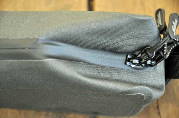 Toptube bag Salsa Bikepacking Beagle Bikes