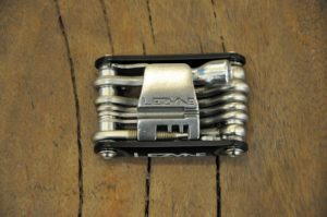 Multi tool Lezyne with CO2 tool