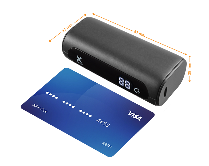 Xtorm powerbank 5000mAh klein als een visa card